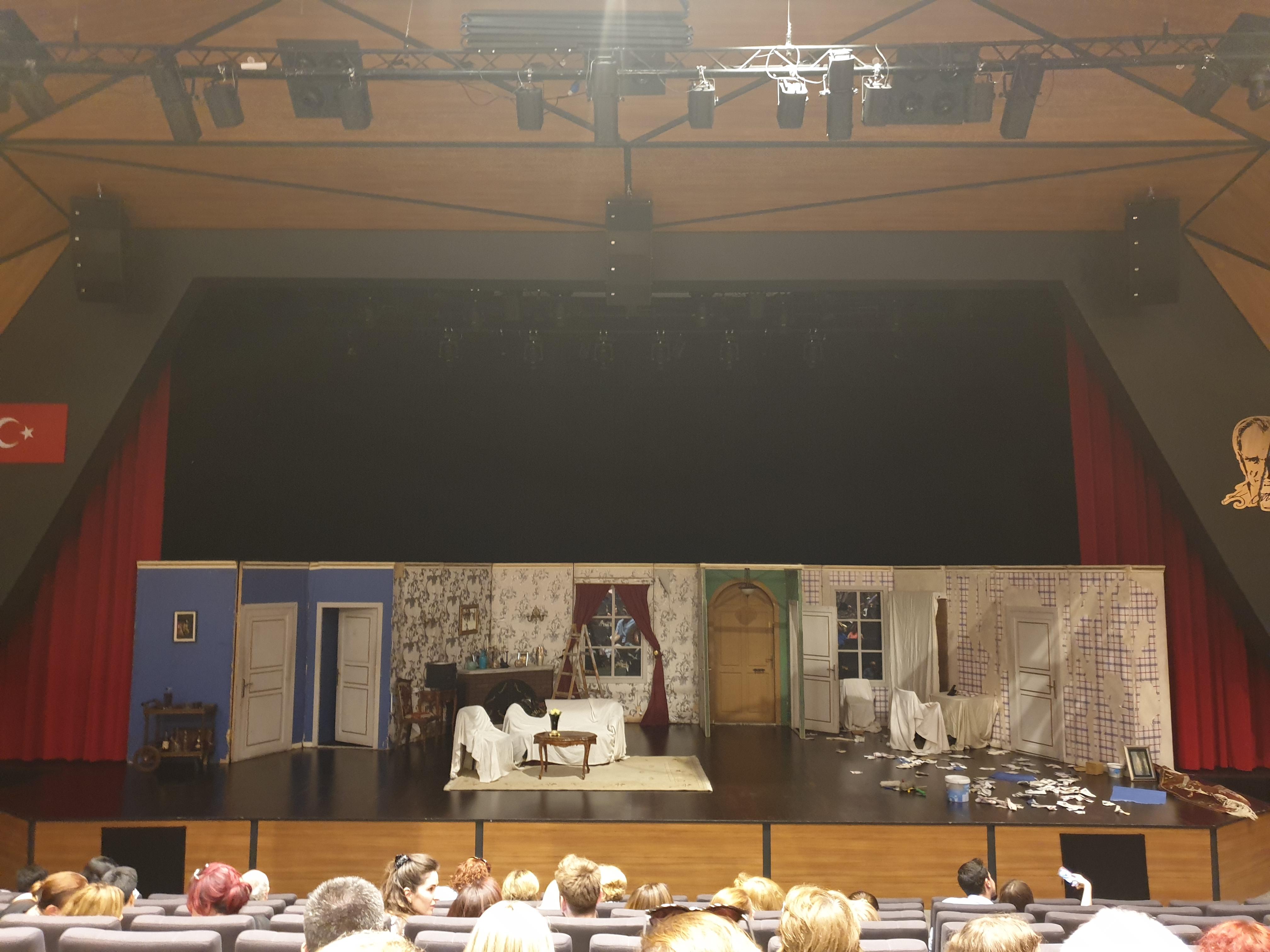 hoşgeldin boyacı tiyatro
