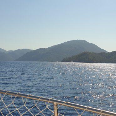 Gezdim Gördüm #22 – Çocukla Tekne Tatili, Tekne Seçimi ve Göcek Koyları
