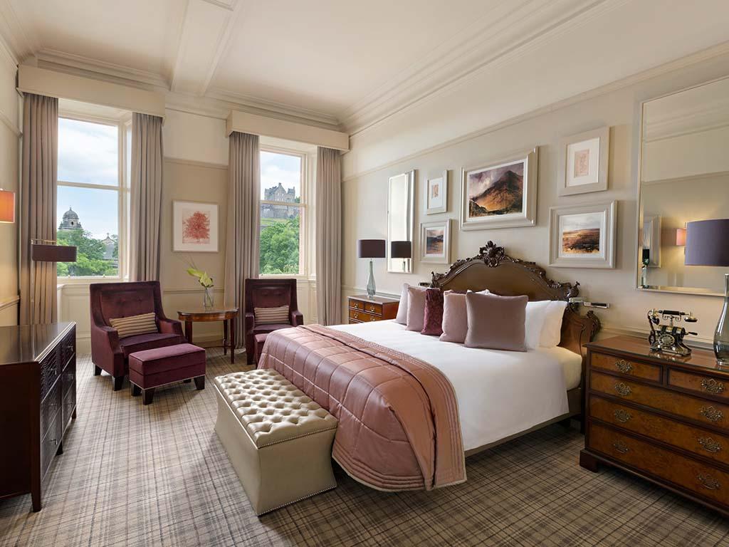 WA Edinburgh - The Caledonian - Alexander Graham Bell - 952739